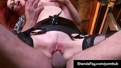 Canadian Cowgirl Shanda Fay Rides Her..