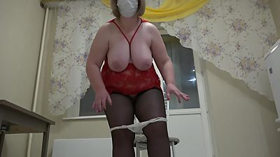 mature milf rider on a dildo, shaking..