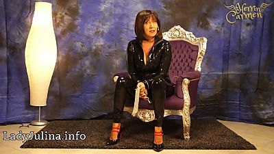Mature Shiny Latex Herrin Carmen sucht..