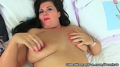 English milf Katie Coquard gets turned..