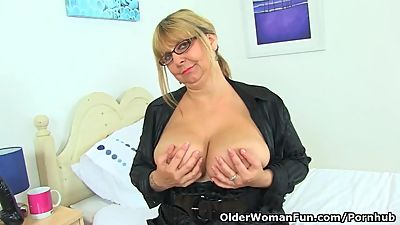 English milf Alexa fucks her matured..