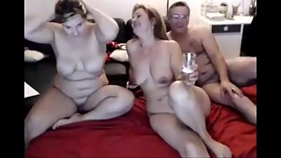 Family show on webcam and fuck
