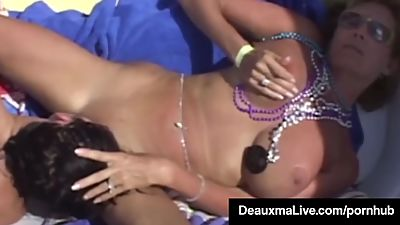 Texas Cougar Deauxma & Hubby Attend..