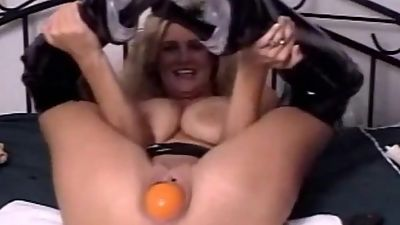 Check My MILF Mature babe stretching..