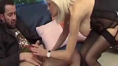 I am Pierced french mature with pussy..