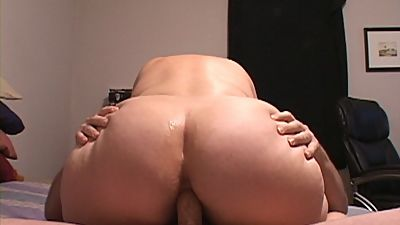 Huge Tit Big Butt Mature Housewife..