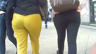 Mature mom and daughter with big ass
