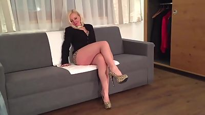 Blonde sexy leg mature milf mom in..