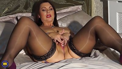 Sexy British mom Christine with big..