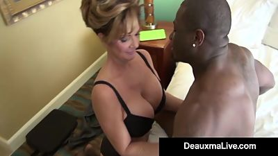 Milf Secretary Deauxma Gets Banged By..