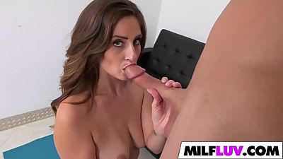 Stretching MILF Jane Madison Gets..